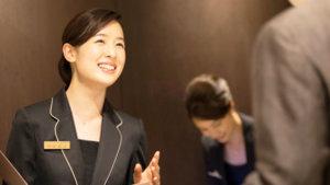 中国語が活かせる仕事3.ホテルのスタッフ、観光地での案内や接客