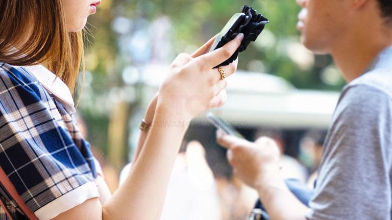 WeChatで出会いを作る機能「シェイク」「近くにいる人」を利用する