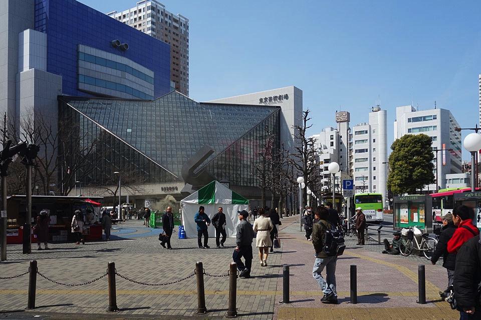 【那你呢あなたはロケ地】東京芸術劇場周辺