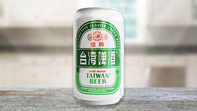 台湾ビール1.缶タイプの「金牌」